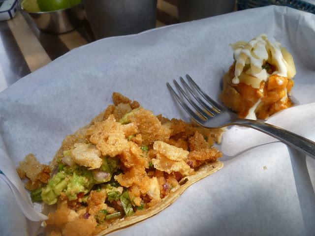 Tacos di pesce Tres Galeones Città del Messico