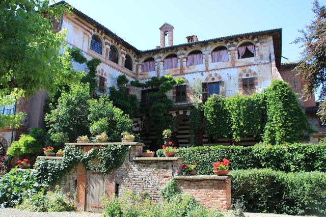 Facciata Sud del Castello di Marchierù di Villafranca Piemonte
