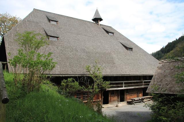 Abitazione e cascina tipica delle aree più a nord della Foresta Nera
