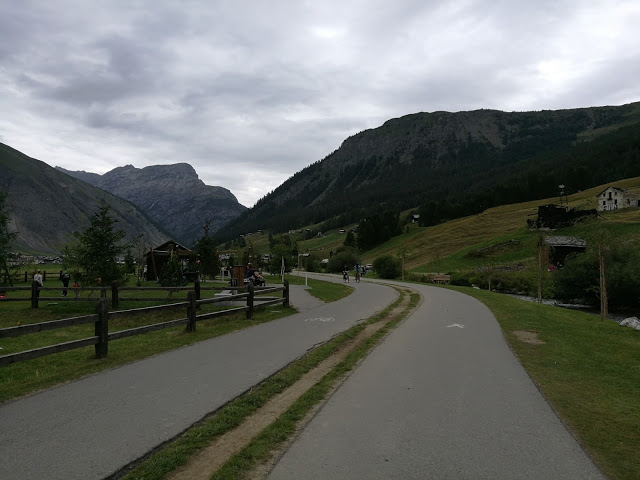 Pista ciclo pedonale per il Lago di Livigno