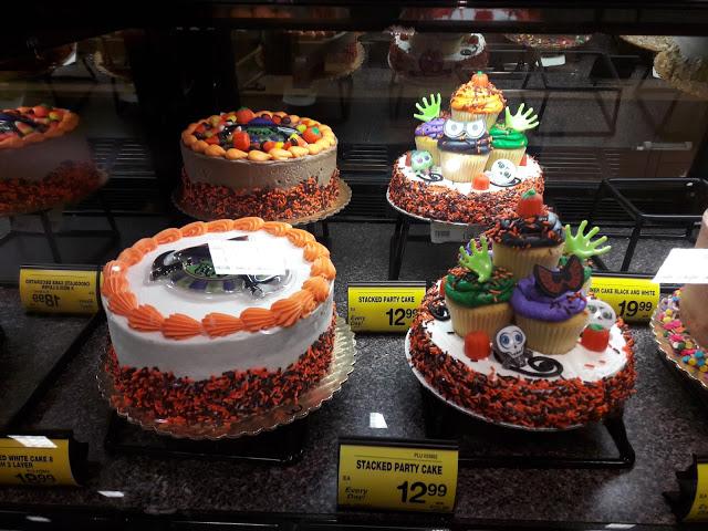 Reparto pasticceria Wallmart in periodo di Halloween