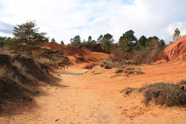 Il Colorado Provencal una miniera di Ocra a cielo aperto a Rustrel